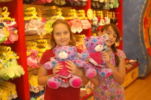 Lilly and Quinnlin after making their new teddy bears