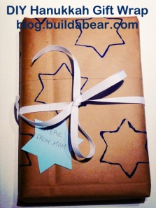 DIY Hanukkah gift wrap - blog.buildabear.com